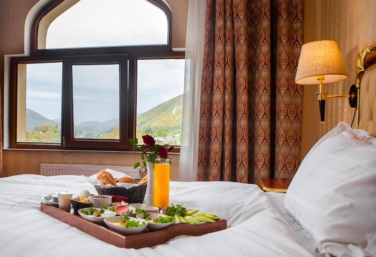 Sheki Palace Hotel, Şəki, Restauracje
