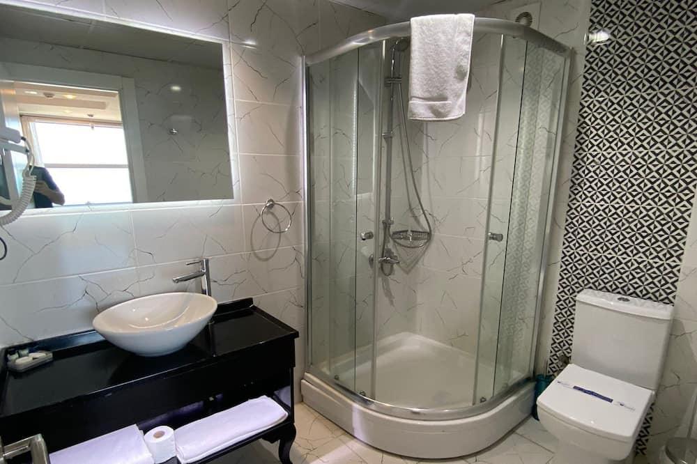 Premium Double Room, 1 Bedroom, Sea View - Bathroom