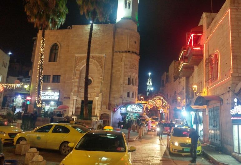 Barmil Resident, Bethlehem, Bar