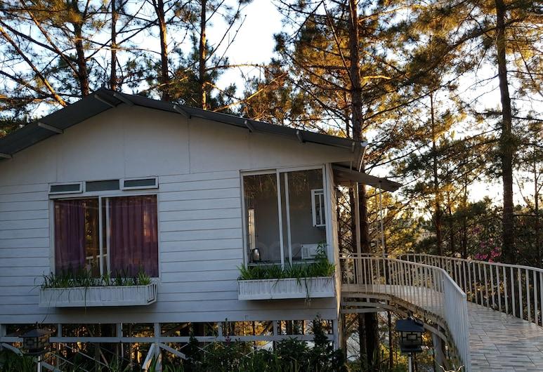 Pine Hill Homes Dalat, Da Lat, Deluxe-herbergi fyrir fjóra - svalir, Herbergi
