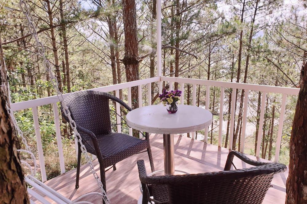 Romantisches Doppelzimmer zur Einzelnutzung, 1 Queen-Bett, Hügelblick - Balkon