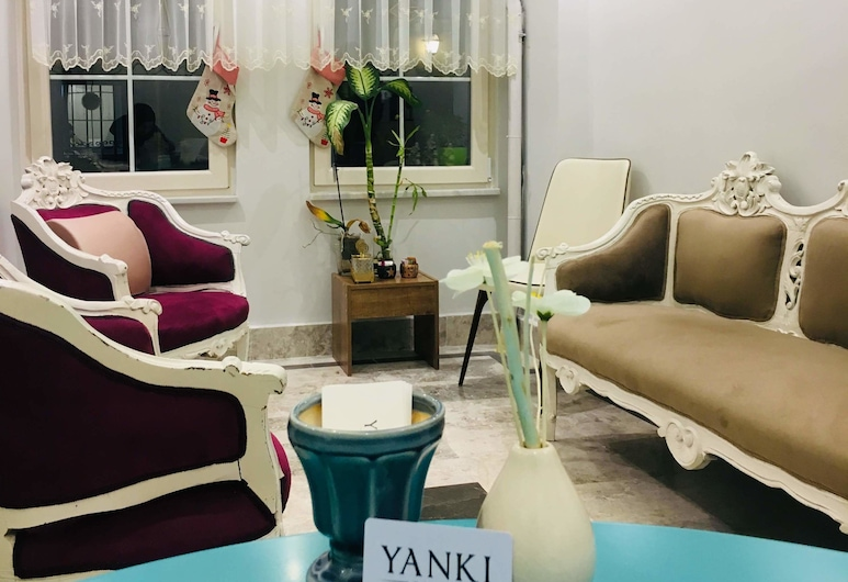 Yanki Hotel, Bursa, Entrada interior