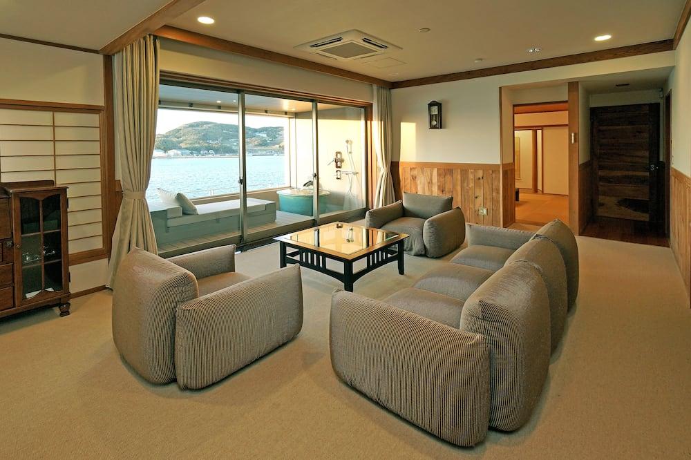 Suite Eksekutif, 2 kamar tidur, kamar mandi pribadi, pemandangan laut (Open air-Bath) - Ruang Keluarga