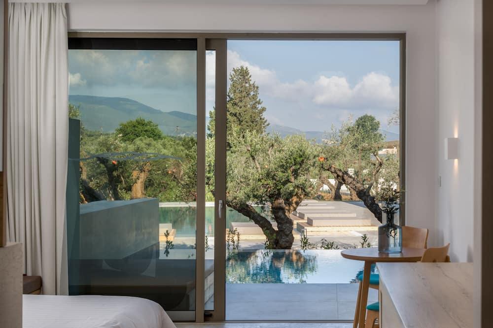 Suite, eigener Pool - Blick vom Balkon
