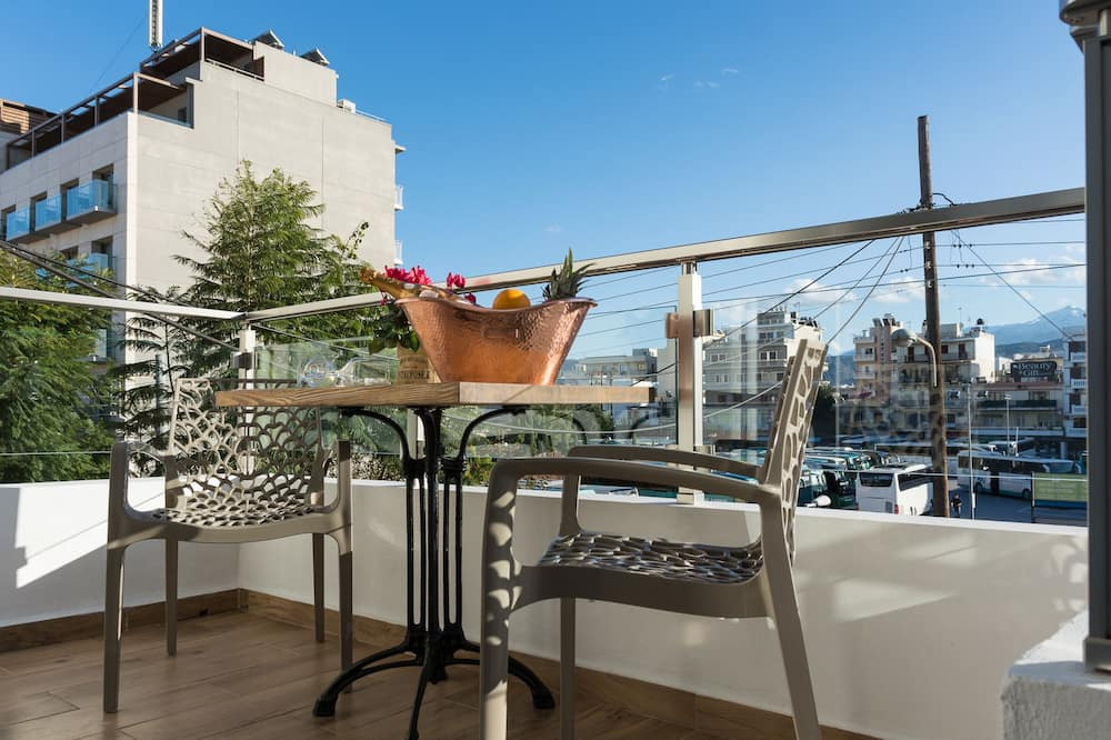 Triple Room, Balcony - Guest Room