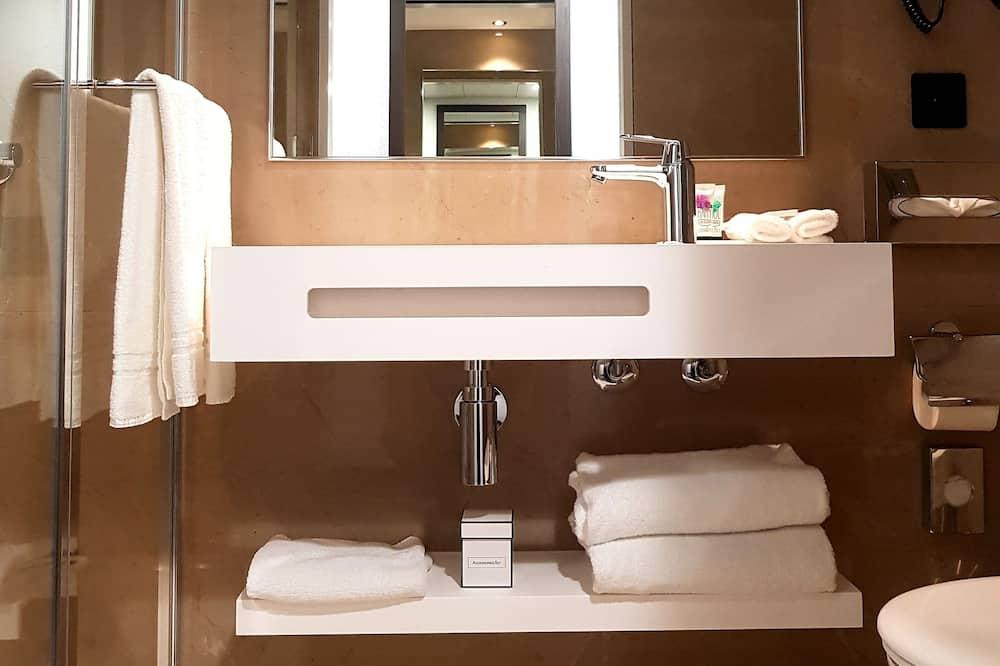 Double Room, Accessible - Bathroom