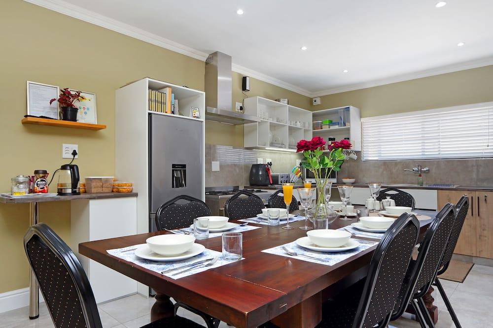 Habitación (Iris) - Instalaciones de cocina compartida