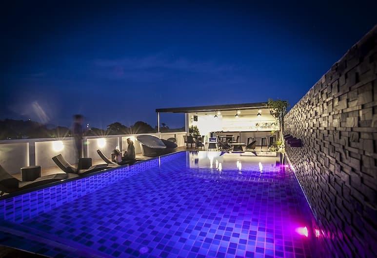 The Seens Hotel, Krabi, Takterrasse med basseng