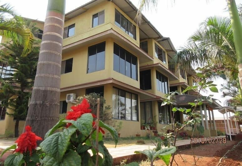 Bellevue Resort Panchgani, Mahabaleshwar, Exterior