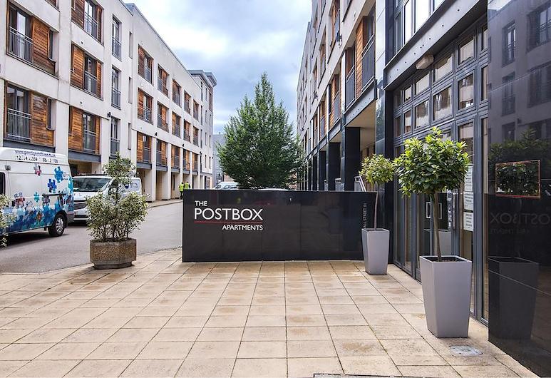 Cube View, Birmingham, Property entrance
