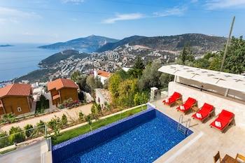 Picture of Villa Begonvil by Akdenizvillam in Kas