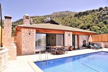 Picture of Villa Busra by Akdenizvillam in Kas