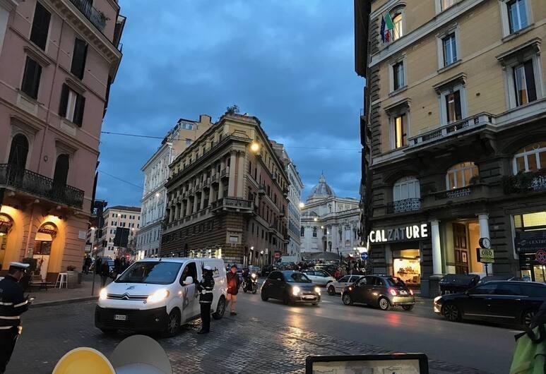 Urbana Apartment Colosseum, Rom, Overnatningsstedets område