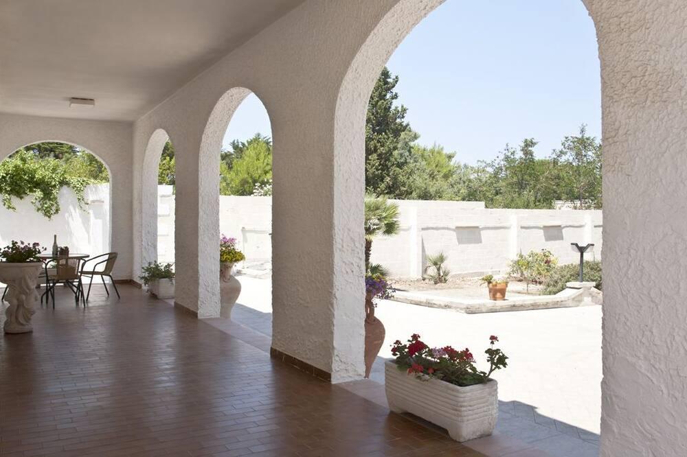 Villa, 4 Bedrooms - Terrace/Patio