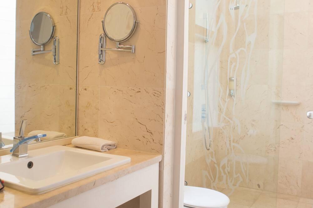 Dvojlôžková izba, 1 extra veľké dvojlôžko, nefajčiarska izba (Encuentro) - Kúpeľňa