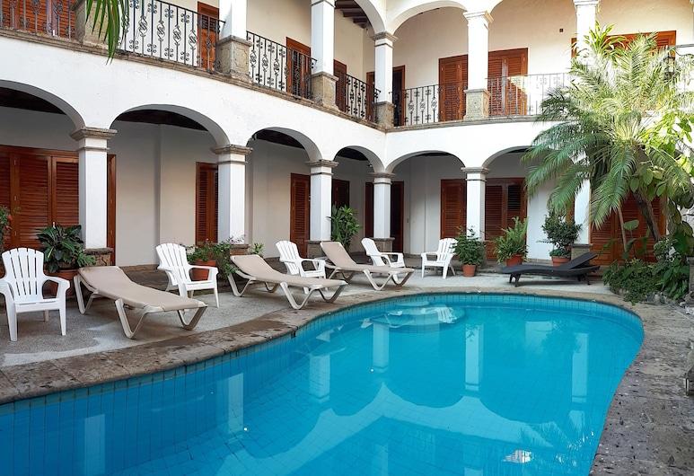 Casa Carmen - Boutique B&B, Пуэрто-Вальярта, Открытый бассейн