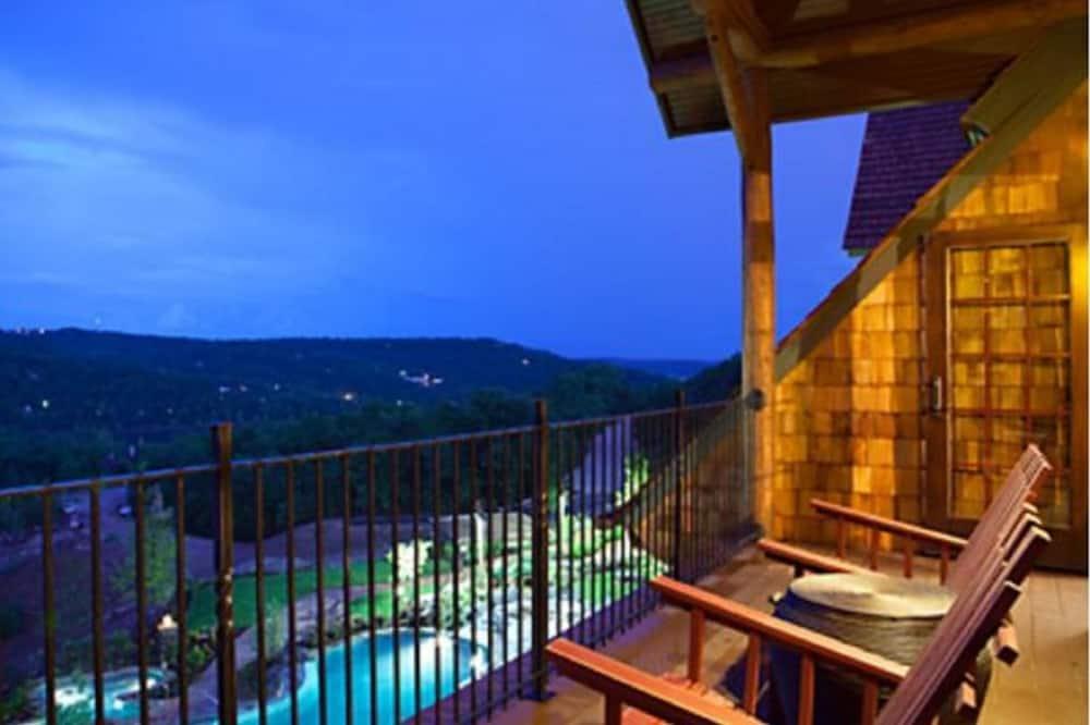 House, 1 Bedroom - Balcony