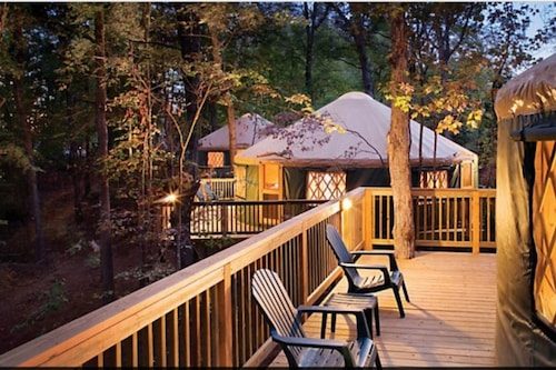 Book Shenandoah Crossing 2 Bed Yurt In Gordonsville Hotels Com Homeadvisor's yurt cost guide gives average prices to buy yurt homes or yurt kits. book shenandoah crossing 2 bed yurt in
