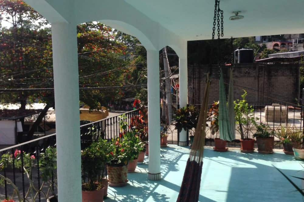 Traditional House, 3 Bedrooms, Terrace - Terrace/Patio