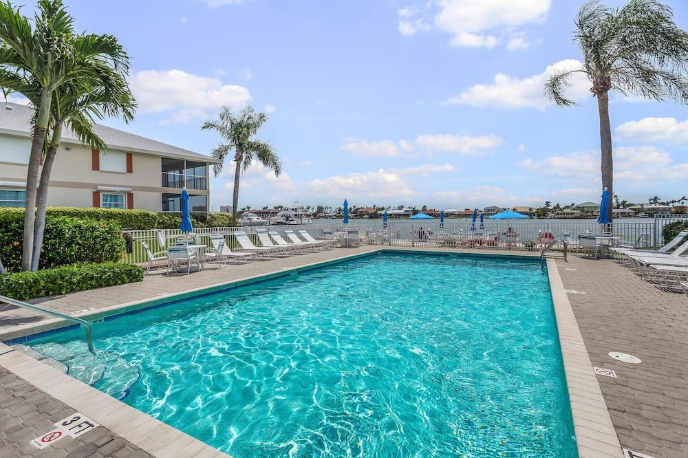 Condo (Smokehouse Bay 2 Bedroom) - Hồ bơi ngoài trời
