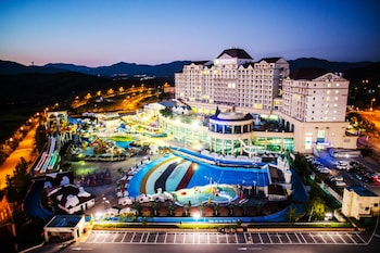 Фото Sono Belle Cheonan (formerly Daemyung Resort Cheonan) у місті Чеонан