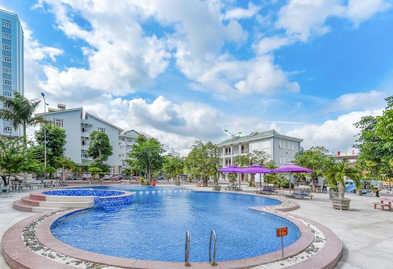 Sky Beach D20 Nha Trang Hotel, Nha Trang, Pool