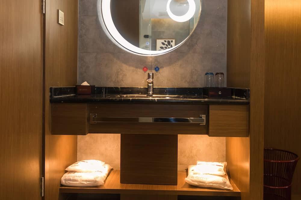 Quarto Twin Empresarial - Casa de banho