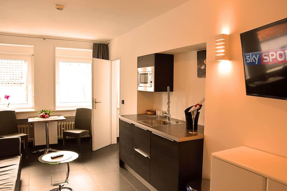 Superior Double Room Balcony Plus - Refrigerator & Microwave - Living Area