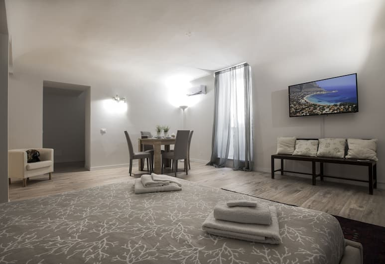 Real Umberto Suite, Palermo