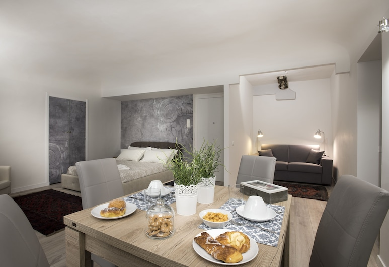 Real Umberto Suite, Palermo, Deluxe Apartment, 1 Double Bed, Non Smoking, Room