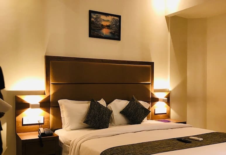Hotel West Blue, Bombay