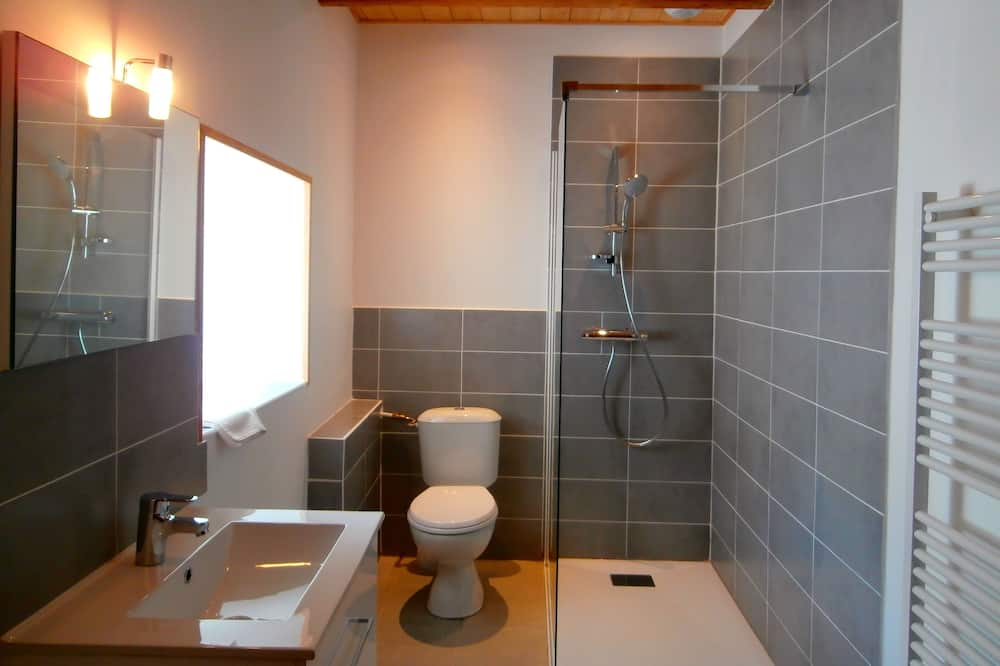 Двухместный номер «Делюкс» с 1 двуспальной кроватью (Framboise) - Ванная комната