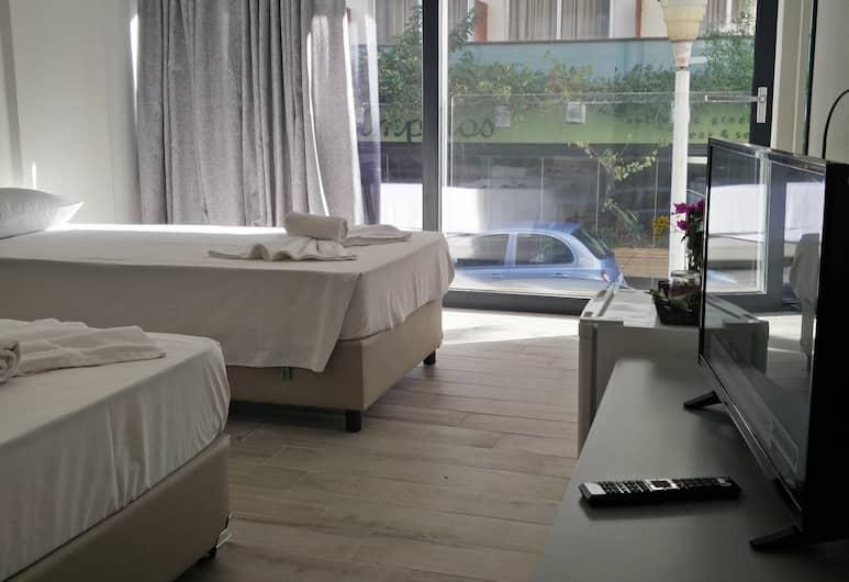 New York Hotel, Rodosz, Szoba kétszemélyes vagy két külön ággyal, Vendégszoba