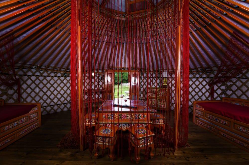 Yourte Oulan Bator - Living Area