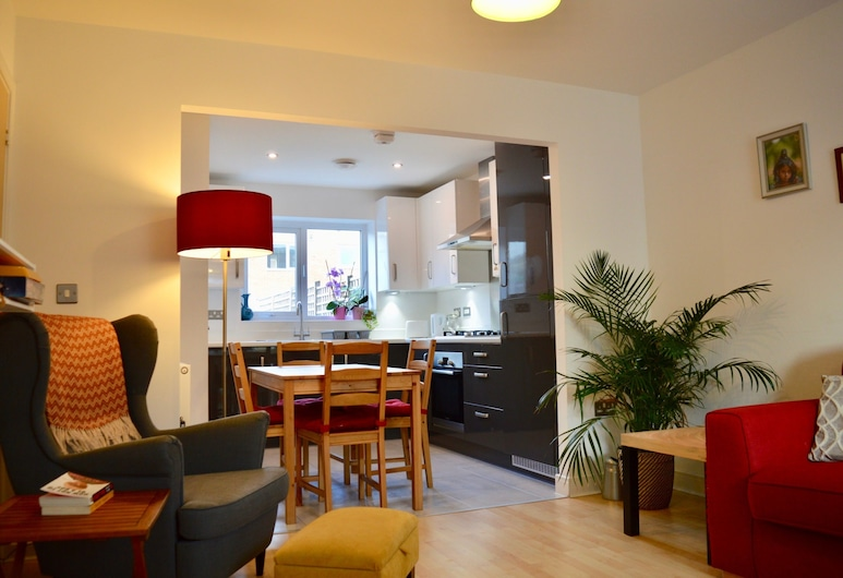 2 Bedroom House in City Centre, Manchester
