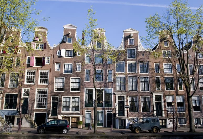 The Crown Hotel, Amsterdam, Exterior