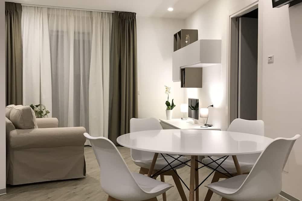 Departamento exclusivo, 3 habitaciones, balcón - Servicio de comidas en la habitación