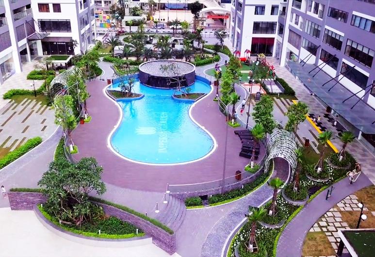 Modern Apartment in Ha Noi Centre, האנוי, בריכה חיצונית