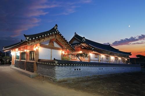 Wiyeonjae