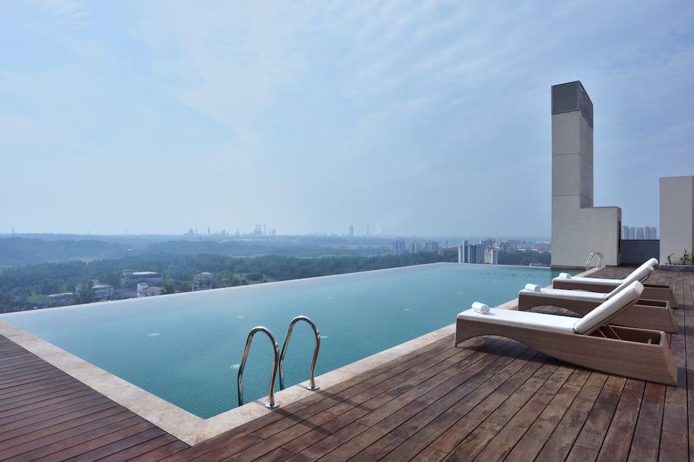 Luxusný bazén