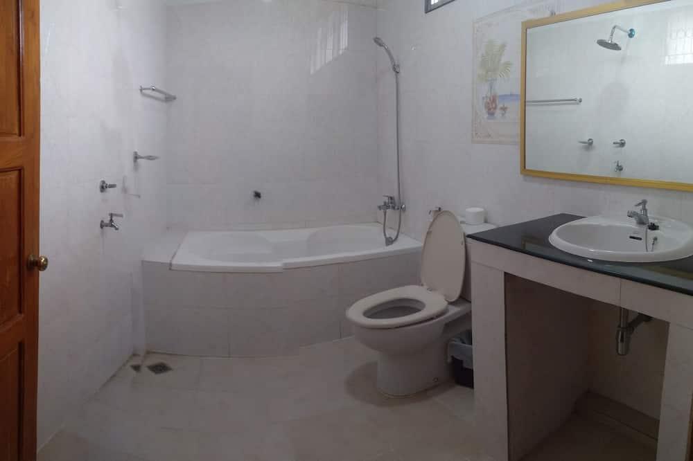 高級雙床房, 2 間臥室 - 浴室