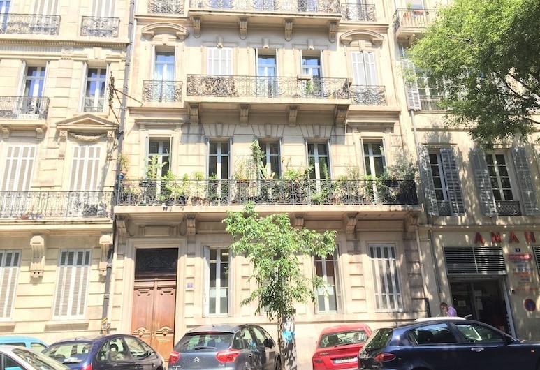 Chambre d'hôtes Liberté, Marseille, Hotel Front