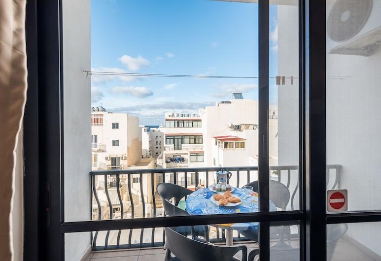 Seashells 2 Bedroom Apartment, St. Paul's Bay, Comfort-huoneisto, Useita sänkyjä, Tupakointi kielletty, Kaupunkinäköala, Parveke