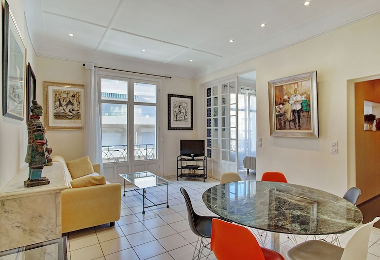 Palais Miramar Croisette 3 Pièces Balcon, Cannes, Eenvoudig appartement, Woonkamer