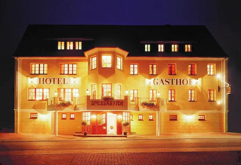 斯普薩斯托旅館酒店, 勞爾瑪因