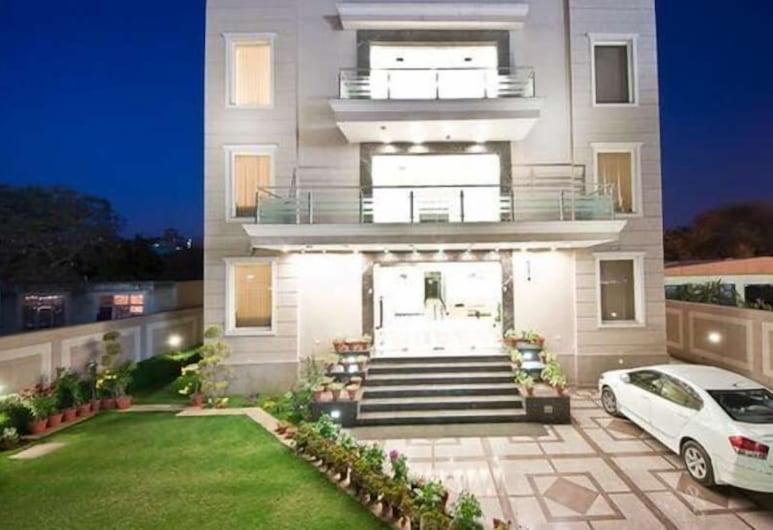 Hotel Aadhar, Gurugram