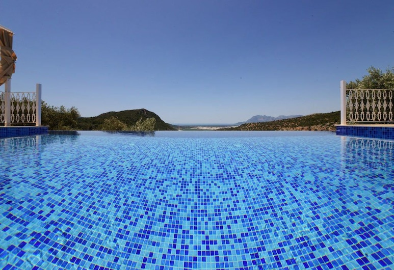 Villa Selen by Akdenizvillam, Kas, Vonkajší bazén