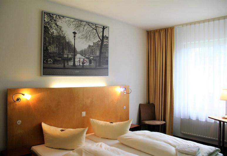 Check Inn Hotel, Merseburg, Classic-Doppel- oder -Zweibettzimmer, Zimmer