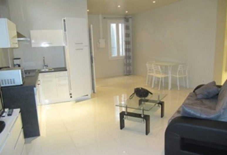 Meynadier Two Bedroom Cannes, Cannes, Apartment, 2 Bedrooms, Living Area