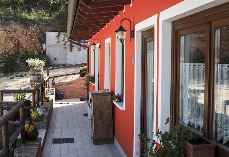 B&B Giuggiolando, L'Aquila, Terraza o patio
